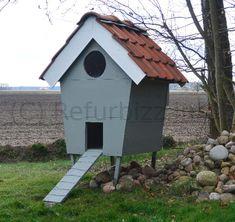 """Bekijk de foto van Refurbizz met als titel Kippenhok gemaakt van """"sloophout"""". en andere inspirerende plaatjes op Welke.nl."""