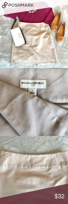 EUC Banana Republic Pencil Skirt Excellent used condition! Stitching detail on the front center waist band. Wide waist band is super flattering! A light khaki color! (Note: the TB flats and Kate Spade ♠️ Wristlet are also for sale in my closet! Would love to put together a bundle for somebody if interested!) Banana Republic Skirts Pencil