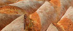 french bread needs time: it took 18 hours to look (and taste!) like this...  18 Stunden Teigführung lohnten sich: Geschmack vom Feinsten - Zusatzstoffe überflüssig.