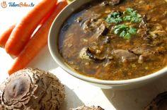 Flaczki z kani to świetny sposób na przyrządzenie tych grzybów. Naprawdę szybko i łatwo można zrobić z nich świetną zupę, bardzo smaczną i sycącą, a w mojej wersji jest pikantna – z dodatkiem ostrej papryki i czosnku. Stuffed Mushrooms, Cooking Recipes, Beef, Food, Tv, Youtube, Stuff Mushrooms, Meat, Meal