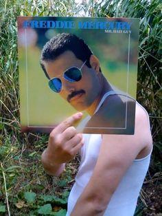 Pretty funny Freddie Mercury Nice use of the white wife beater. Selfies, Vinyl Poster, Vinyl Art, Cool Album Covers, Vinyl Junkies, We Will Rock You, Queen Freddie Mercury, Queen Band, John Travolta
