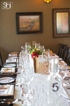Burlap and Lace Decor Photo By: Shi Photography www.shiphotography.com www.greateventsrentals.com Venue: Bow Valley Ranche Restaurant, Calgary/AB #eventrentals #rusticwedding #weddingdecor #burlap #lace