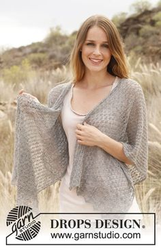 """Sweet cloud - Knitted DROPS shawl with lace pattern in """"Lace"""". - Free pattern by DROPS Design Shawl Patterns, Lace Patterns, Knitting Patterns Free, Crochet Patterns, Free Pattern, Knitted Shawls, Crochet Shawl, Knit Crochet, Drops Design"""