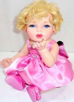 US $229.95 Used in Dolls & Bears, Dolls, By Brand, Company, Character
