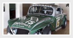 Es un Chevrolet armado en 1964 sobre un Chasis 1947 construido por Meunier según los consejos de José Froilán González Alfa Romeo, Ferrari, Plane Engine, Cars And Motorcycles, Race Cars, Chevrolet, Racing, Bike, Retro