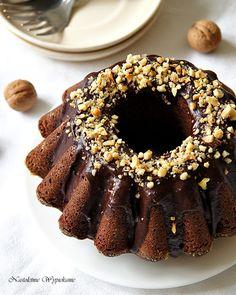 Nastoletnie Wypiekanie: Babka czekoladowo-orzechowa