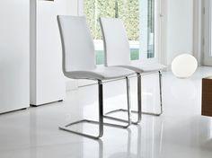 Cantilever upholstered chair ARIA by Bonaldo | design Gino Carollo