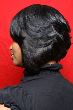 Short Feathered Bob Hairstyles For Black Women Layered Bob Hairstyles For Black Women, Bob Hairstyles For Round Face, Wavy Bob Hairstyles, Short Bob Haircuts, Hairstyles 2016, African Hairstyles, Summer Hairstyles, Woman Hairstyles, Casual Hairstyles