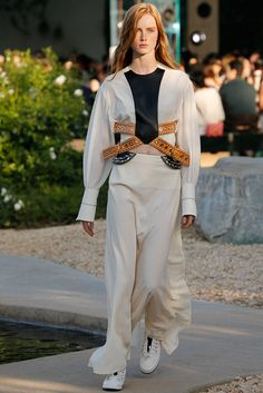 Louis Vuitton by Nicolas Ghesquiere , Look #1 - Resort 2016 - First Face Rianne van Rompaey - By Frey