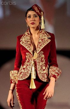 .algerian traditional outfit