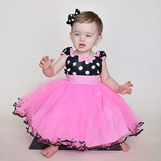 Items similar to MINNIE MOUSE birthday outfit Minnie Mouse dress TUTU Minnie Mouse Party Dress in Hot pink with black Polka Dots Birthday party on Etsy Tutu Minnie, Minnie Mouse Birthday Outfit, Minnie Dress, Minnie Mouse Party, Vestidos Minnie, Pink Dress, Flower Girl Dresses, Retro Dress, Toddler Fashion