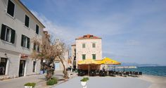 Ferienhaus für 8 Personen in Kaštel Stari   atraveo Objekt-Nr. 1204946 7 stunden Strand, Street View, Croatia, Cottage House, Vacation