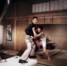 Ken Takakura (Yakuza, di Sydney Pollack 1975) #giappone #stile #cinema #ken #takakura #budo #iaido #kendo #yakuza