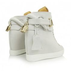 sive-damske-clenkove-topanky-s-aplikaciou-kladky (1) Bucket Bag, Wedges, Sneakers, Bags, Shoes, Fashion, Tennis, Handbags, Moda