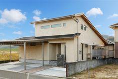 倉敷市-Kurashiki city- I様邸 Garage Doors, Shed, Outdoor Structures, Outdoor Decor, Home Decor, Decoration Home, Room Decor, Home Interior Design, Carriage Doors