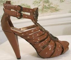 Womens Shoes Dollhouse Brand Heels Size 8 Open Toe Brown With Metal Decorations #Dollhouse #OpenToe