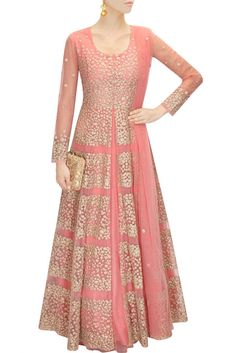 This coral pink lehenga is featuring in net with floral zari embroidery all over. This coral pink lehenga comes along with matching floral motif net dupatta. This outfit is inspired by Aneesh Aggarwal Indian Gowns, Indian Attire, Pakistani Dresses, Indian Outfits, Pakistani Bridal, Bridal Lehenga, Indian Bridal, Salwar Kameez, Net Kurti