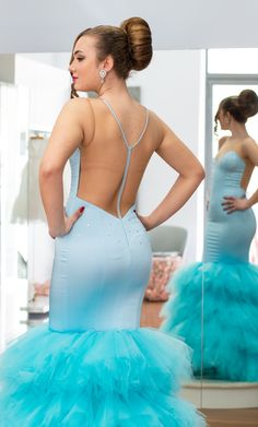 #mariangelagrilloph #dress #elegant #event #specialday #photography #model Special Day, Backless, Elegant, Formal Dresses, Model, Photography, Fashion, Fotografia, Classy