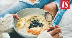 Kun lisäät lautaselle laadukasta ruokaa ja syöt sitä tarpeeksi usein, herkut alkavat tippua pois kuin itsestään, valmentaja Matias Koistinen sanoo. Ketogenic Diet Meal Plan, Ketogenic Recipes, Healthy Recipes, Healthy Tips, Healthy Meals, Diet Recipes, Berry Smoothie Recipe, Smoothie Recipes, Gordon Ramsay