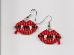 Items similar to Beaded Vampire Lips Earrings on Etsy Bead Embroidery Patterns, Seed Bead Patterns, Beaded Embroidery, Beading Patterns, Knitting Patterns, Halloween Beads, Halloween Earrings, Halloween Jewelry, Beaded Earrings Patterns