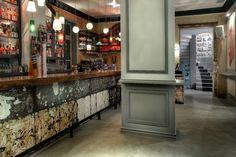 Απόλαυσε μια ρετρό-σύγχρονη ατμόσφαιρα στο The Dalliance House στην  Αθήνα, όπως προτείνει το One Up Experience.