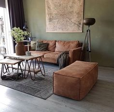 Cognac introduction - Home Accents Living Room Green, Living Room Colors, Living Room Modern, Home Living Room, Living Room Decor, Living Spaces, Interior Design Living Room Warm, Home Interior Design, Living Room Designs