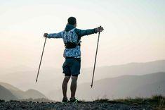 Walking to lose weight Nordic Walking, Walking In Nature, Fitness Tracker, Fitness Goals, Burn 500 Calories, Walking Challenge, Benefits Of Walking, Walking Exercise, Rando