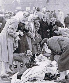 Paddy's Market, Liverpool. Liverpool Town, Liverpool Docks, Liverpool History, Liverpool England, Old Pictures, Old Photos, Irish Terrier, Modern Metropolis, Ireland