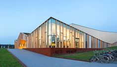 Het Anker community centre in Zwolle (the Netherlands) completed by MoederscheimMoonen Architects