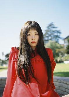 Kang seulgi peekaboo Perfect velvet by red velvet