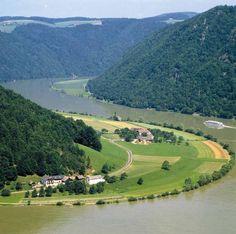 Danube Cycle Path Passau - Vienna / Anniversary Tour