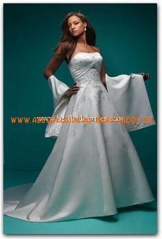 2013 Klassische Brautkleider aus Satin a-linie mit schleppe