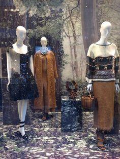 Window shopping at @albertaferretti in Milan! Check out: http://www.shoppics.com/s/alberta-ferretti/lqsf8CYeOA
