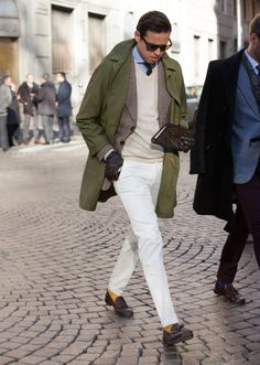 The Best Street Style Inspiration & More Details That Make the Difference Gentleman Mode, Gentleman Style, Mens Fashion Blog, Dope Fashion, Fashion Trends, Mens Style Guide, Men Style Tips, Coat Style For Man, Stylish Men