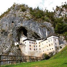 Predjama castle it in one of the top tourist attractions in Slovenia. It was built within a cave mouth. Doesn't it look beautiful?