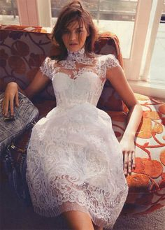 White lace dress / alex perry