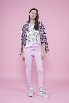 Look by Rie Mirá más >>> http://fashion-diaries.com/rosa-rosa/