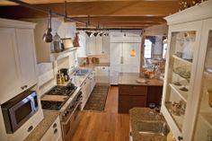Modern Farmhouse Kitchen > Kitchen Design Connecticut, Ducci Kitchens, Inc. www.duccikitchens.com