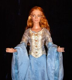 """*-* Eowyn - OOAK Victory gown for 16"""" doll ROTK"""