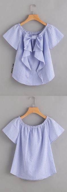 Vertical Striped Frill Trim Blouse Does the bow go in the back or front? Trendy Outfits, Cute Outfits, Do It Yourself Fashion, Clothing Logo, Outfit Trends, Kids Fashion, Fashion Design, Latest Fashion, Fashion Trends