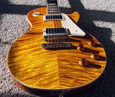 Show us your Standard Premium Plus thread Gibson Guitars, Fender Guitars, Acoustic Guitars, Guitar Shop, Cool Guitar, Guitar Inlay, Taylor Guitars, Les Paul Guitars, Les Paul Standard