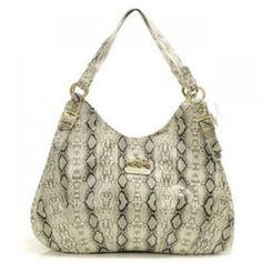 It is Wise For You To Choose #Coach #Bags Our Store Provides Wholesale Price for You