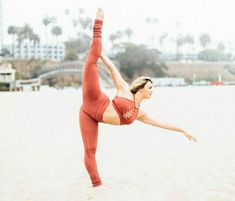 Read Victoria Baldesarra from the story Sesiones De Fotos (TNS Cast) by Richy_Nolet (Rika Furude) with 77 reads. Dance Poses, Yoga Poses, Queen Vic, Beach Clean Up, The Next Step, Series Movies, Yoga Teacher, Yoga Inspiration, Cool