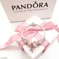 Pandora pink bracelet with 5 pcs charms