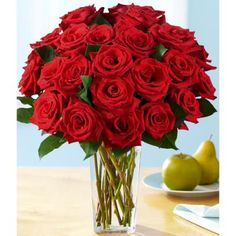 One Dozen Red Roses   12 FREE