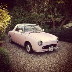 Nissan Figaro, dream car, hope to have one someday.