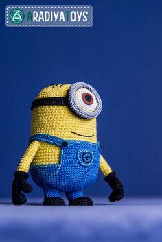 Crochet patrones de monstruo amarillo con un ojo por Aradiya