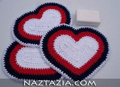 Crochet hearts from Naztazia