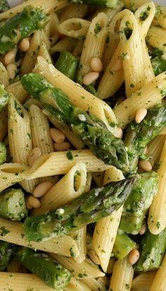 Penne with Asparagus and Lemon Pesto