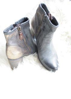 Kaufe meinen Artikel bei #Kleiderkreisel http://www.kleiderkreisel.de/damenschuhe/stiefeletten/128851080-schone-stiefeletten-grosse-38-in-dunkel-grau-gold